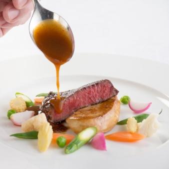 〈2組限定〉48年レシピを継承した伝統フランス料理試食フェア