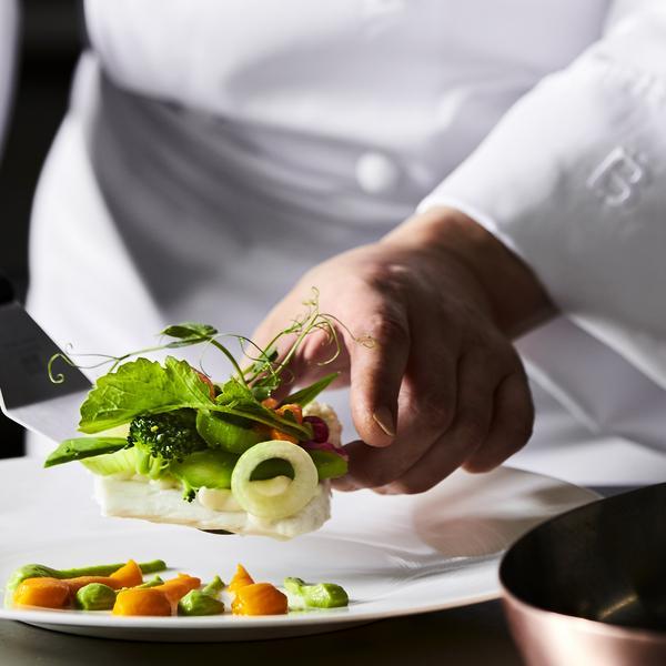 フォワグラ&国産牛フィレ肉を堪能☆フレンチ試食×チャペル体験