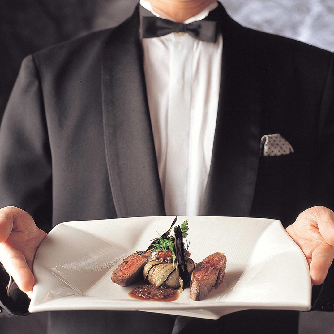 【料理のオータニを体感】ディナー×チャペル&館内見学ツアー