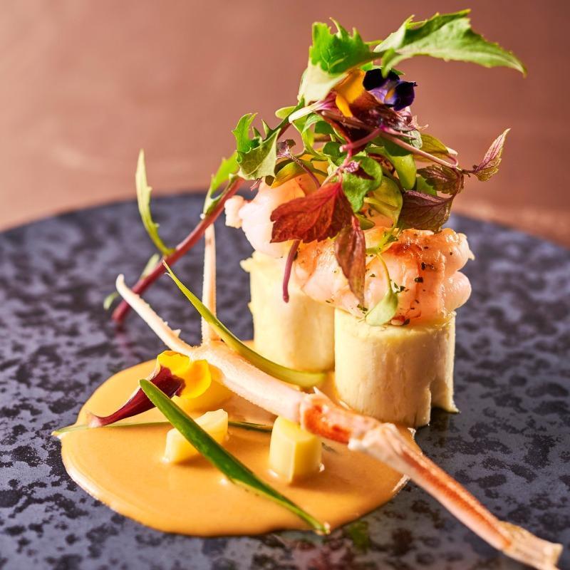 【国産牛フィレ&真鯛】ふたりで食べ比べ×モダンなゲストハウス