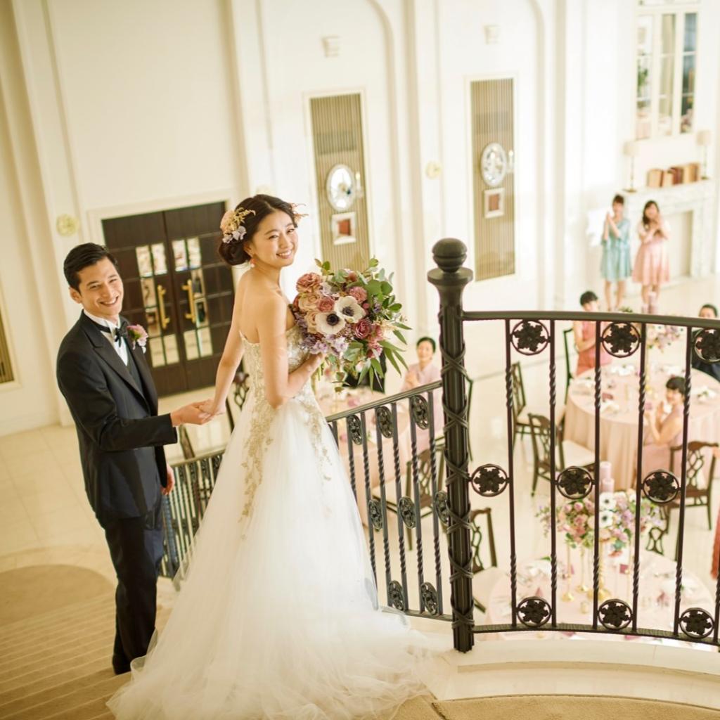 【ガラスの靴がもらえる】シンデレラ階段×水上チャペル花嫁体験