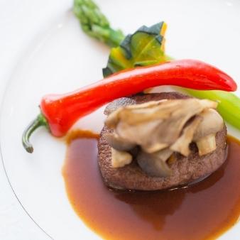 【組数限定試食会】国産牛フィレ肉付コースで伝統の味を体感