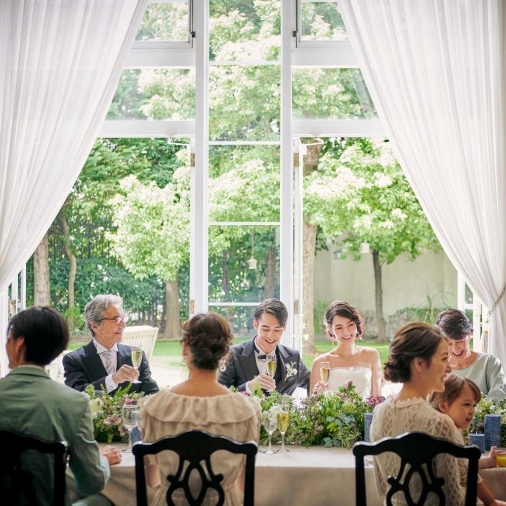 ソーシャルディスタンスで安心♪挙式+会食10名からの少人数婚