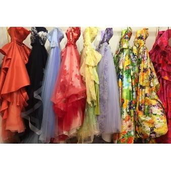 パーソナルカラー診断あなたに似合う色のドレス無料試着フェア
